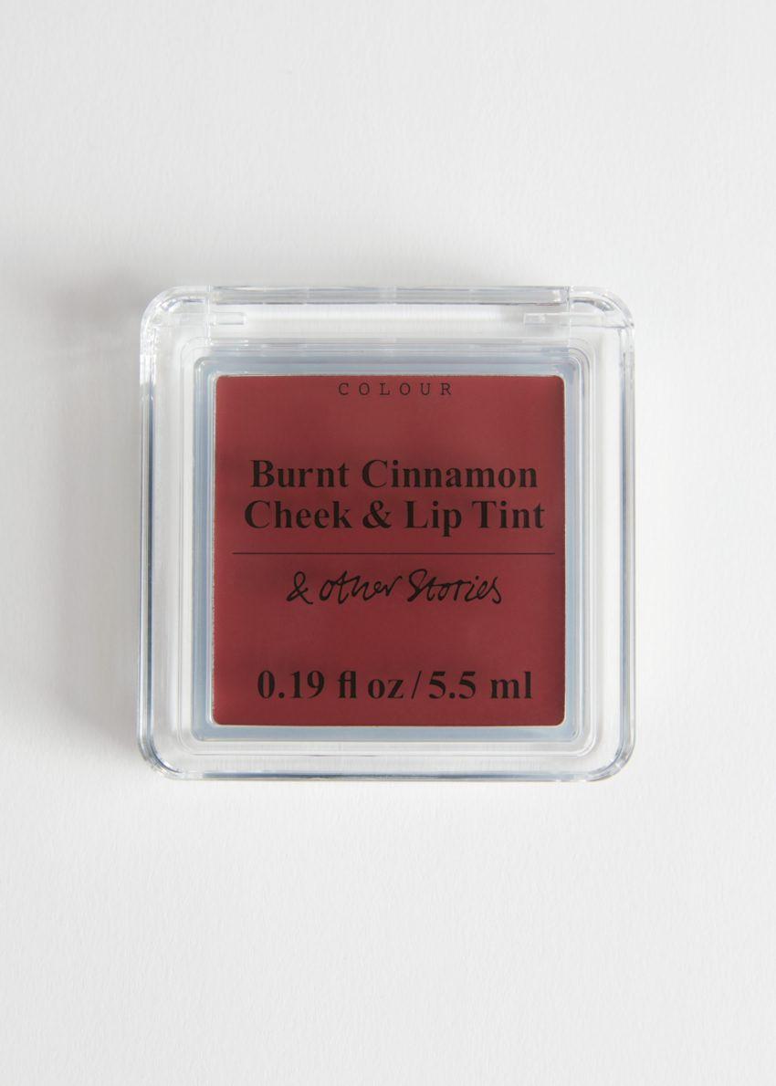 앤아더스토리즈 치크 앤 립 틴트의 번트 시나몬컬러 Product입니다.