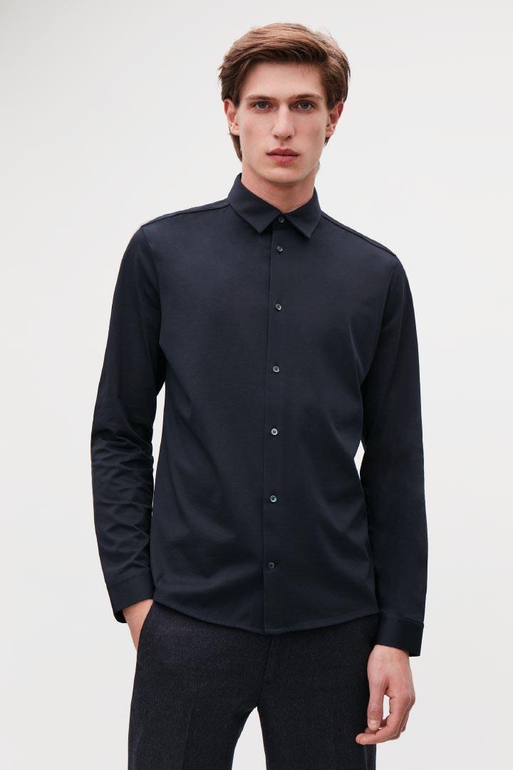 COS default image 10 of 블루 in 롱 슬리브 저지 셔츠