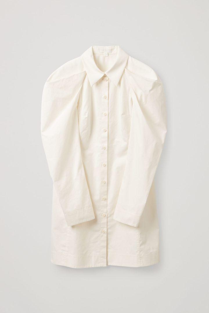 COS hover image 6 of 화이트 in 드레이프드 코튼 셔츠 드레스