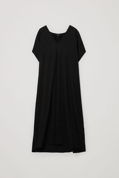 COS default image 11 of 블랙 in 개더드 V넥 코튼 드레스