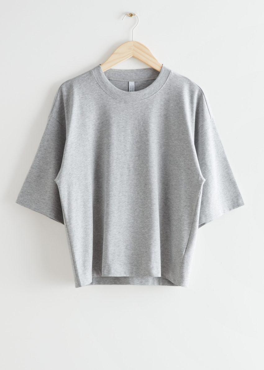 앤아더스토리즈 박시 크루넥 티셔츠의 그레이 멜란지컬러 Product입니다.