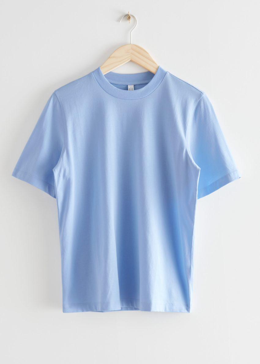 앤아더스토리즈 박시 오가닉 코튼 티셔츠의 라이트 블루컬러 Product입니다.