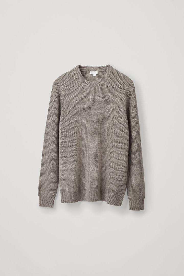 COS default image 7 of 그레이 in 리브드 캐시미어 스웨터