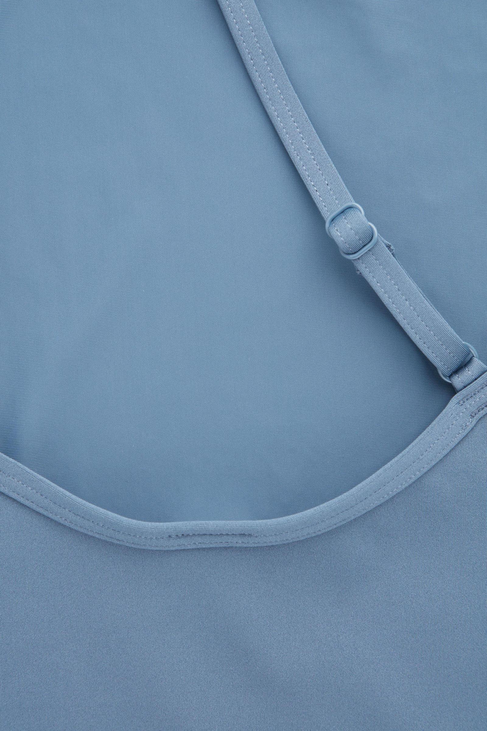 COS 원숄더 스윔수트의 스틸 블루컬러 Detail입니다.