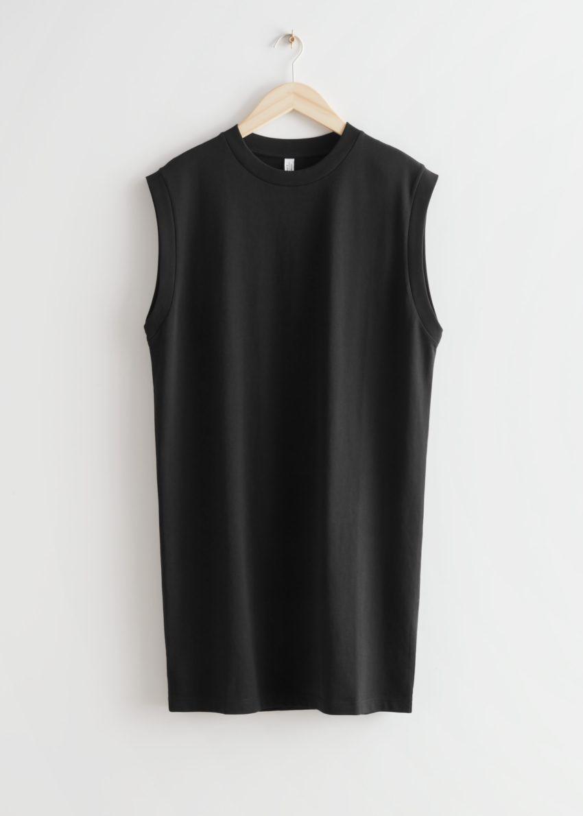 앤아더스토리즈 슬리브리스 저지 미니 드레스의 블랙컬러 Product입니다.