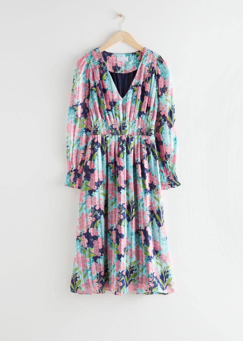 앤아더스토리즈 플리츠 스모크 미디 드레스의 터쿼이즈 플로럴컬러 Product입니다.