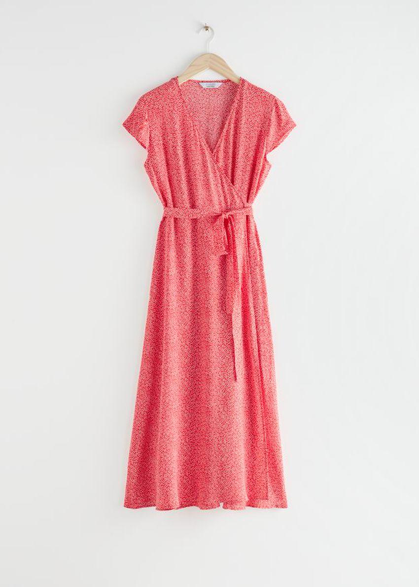 앤아더스토리즈 플로럴 미디 랩 드레스의 레드 플로럴컬러 Product입니다.