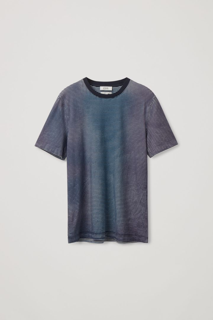 COS hover image 4 of  in 릴랙스드 핏 미드웨이트 티셔츠