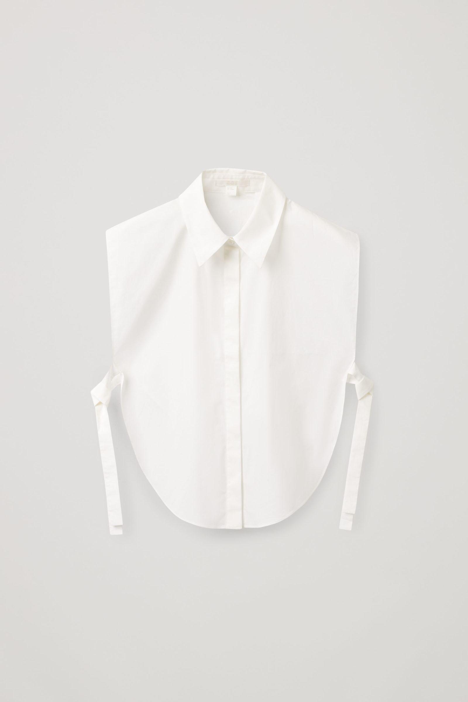 COS 써클 컷 셔츠 빕의 화이트컬러 Product입니다.