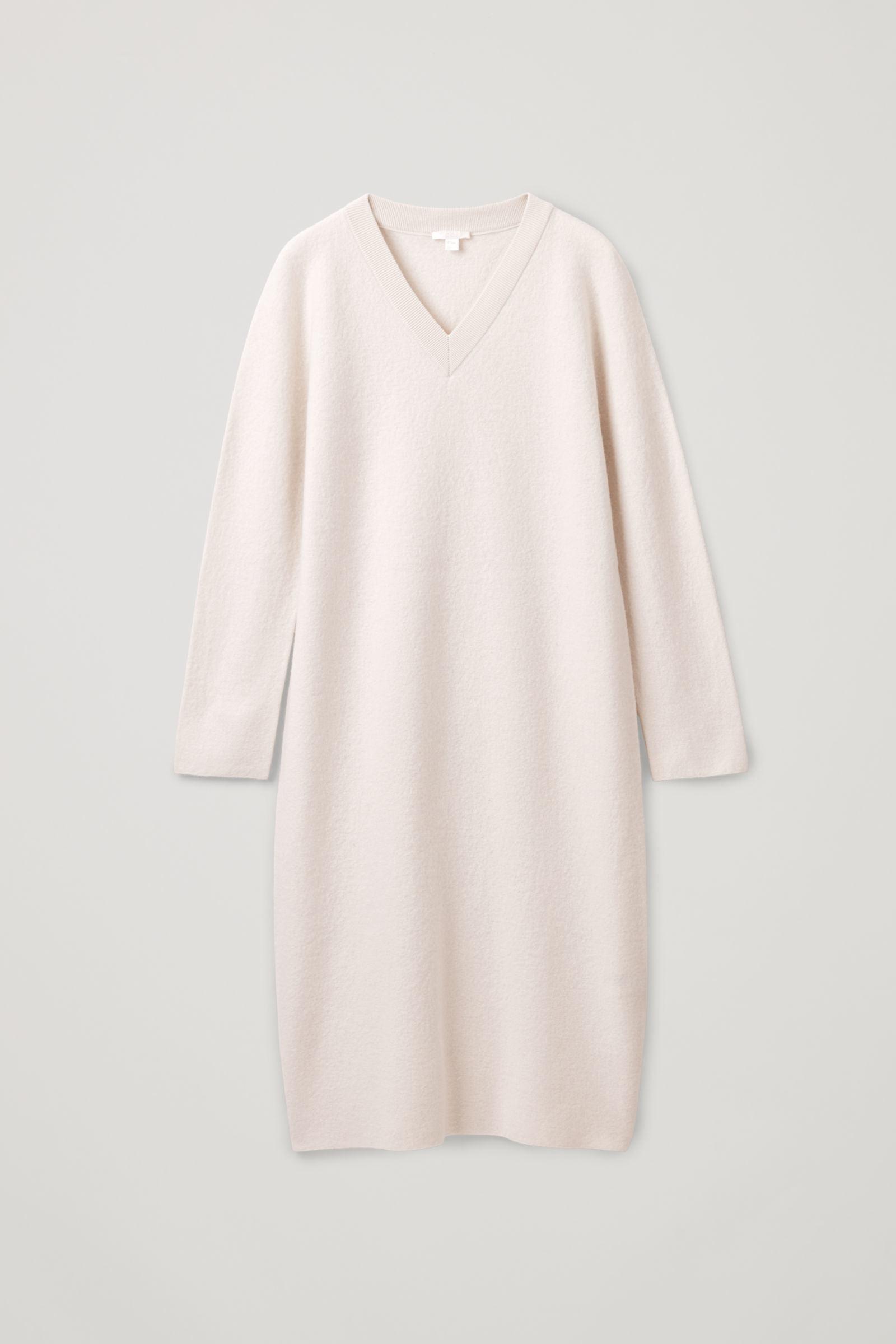 COS 보일드 울 심리스 드레스의 베이지 멜란지컬러 Product입니다.