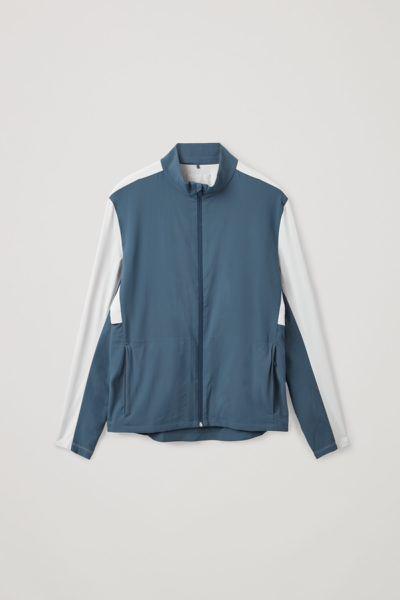 COS default image 7 of 블루 in 리사이클 폴리에스터 러닝 재킷