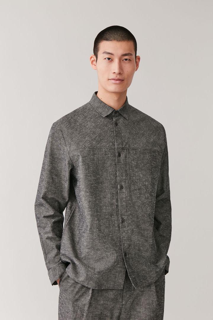 COS default image 6 of 그레이 in 포켓 텍스처드 셔츠