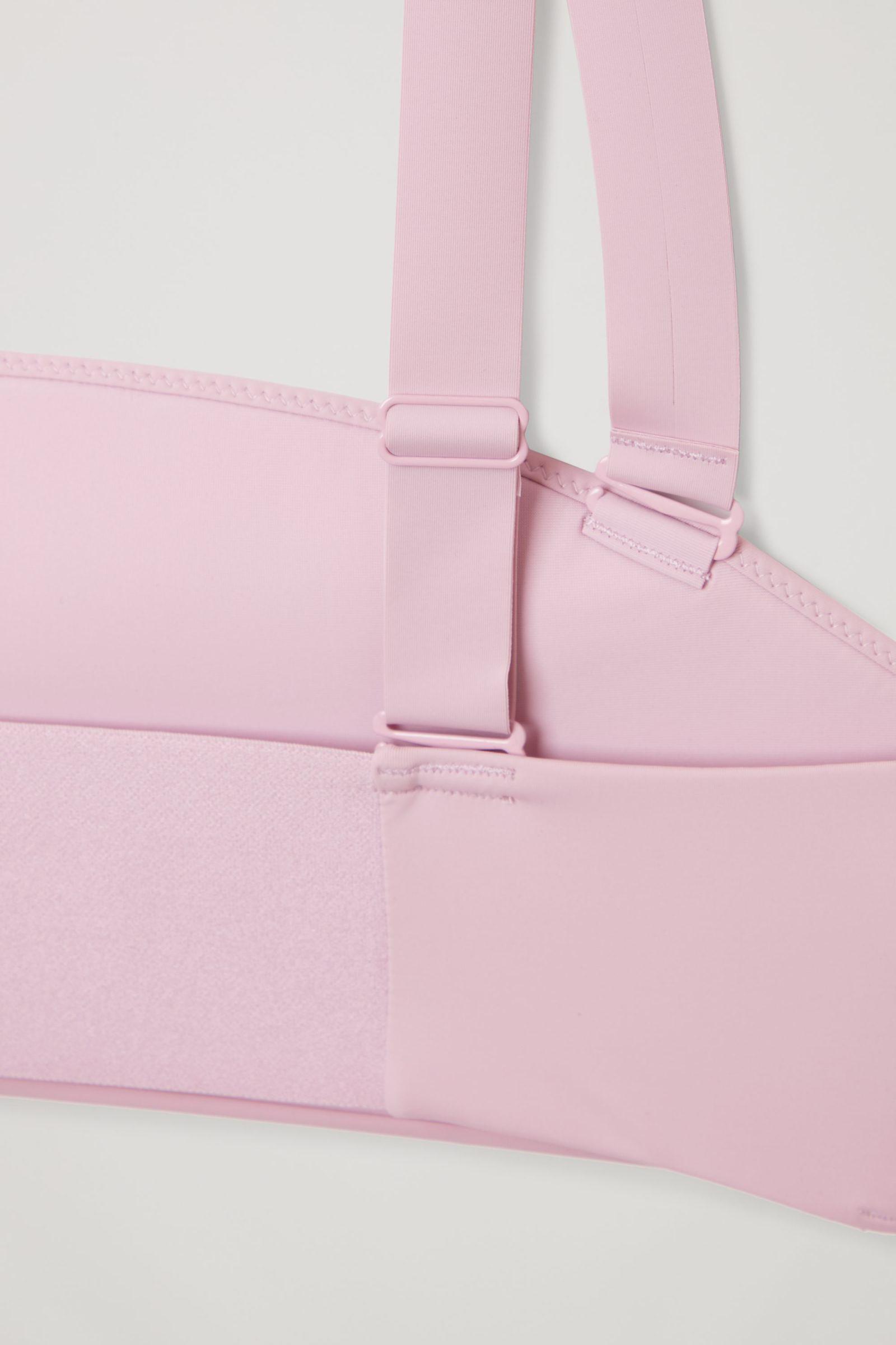 COS 패디드 비키니 탑의 핑크컬러 Detail입니다.