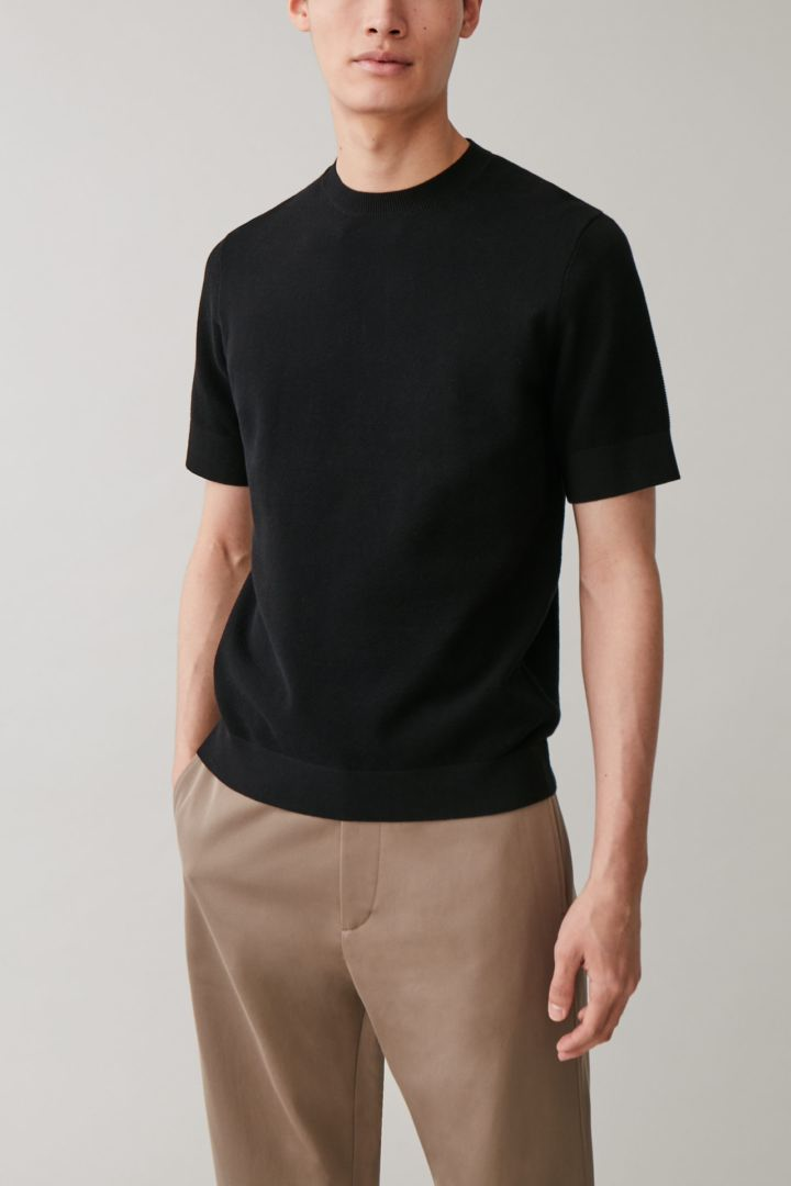 COS default image 7 of  in 코튼 니트 티셔츠