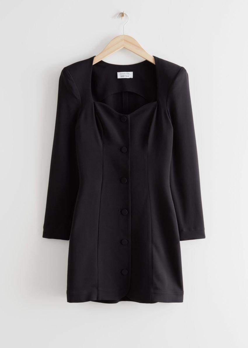 앤아더스토리즈 버튼 스위트하트 넥 패드 숄더 미니 드레스의 블랙컬러 Product입니다.