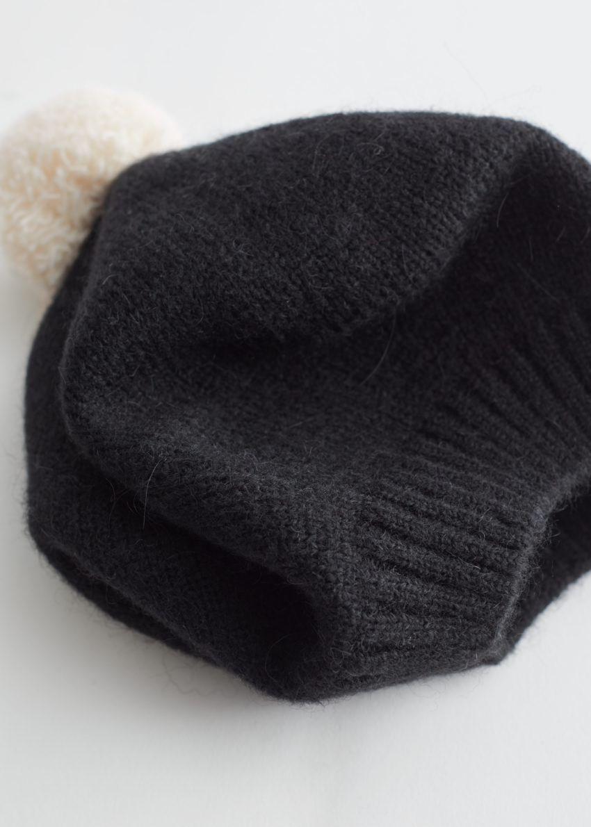 앤아더스토리즈 퍼지 울 블렌드 베레모의 블랙, 화이트컬러 Detail입니다.