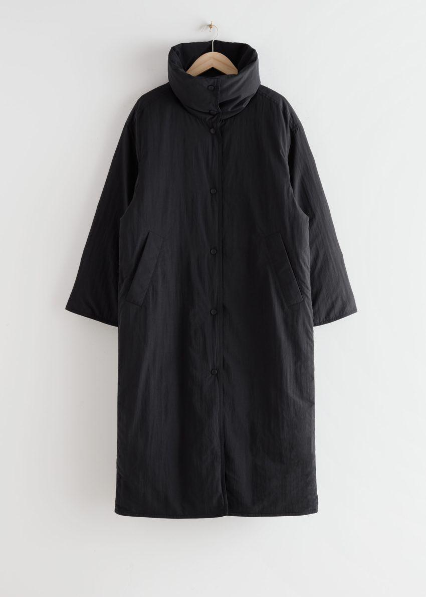 앤아더스토리즈 오버사이즈 박시 롱 푸퍼 재킷의 블랙컬러 Product입니다.