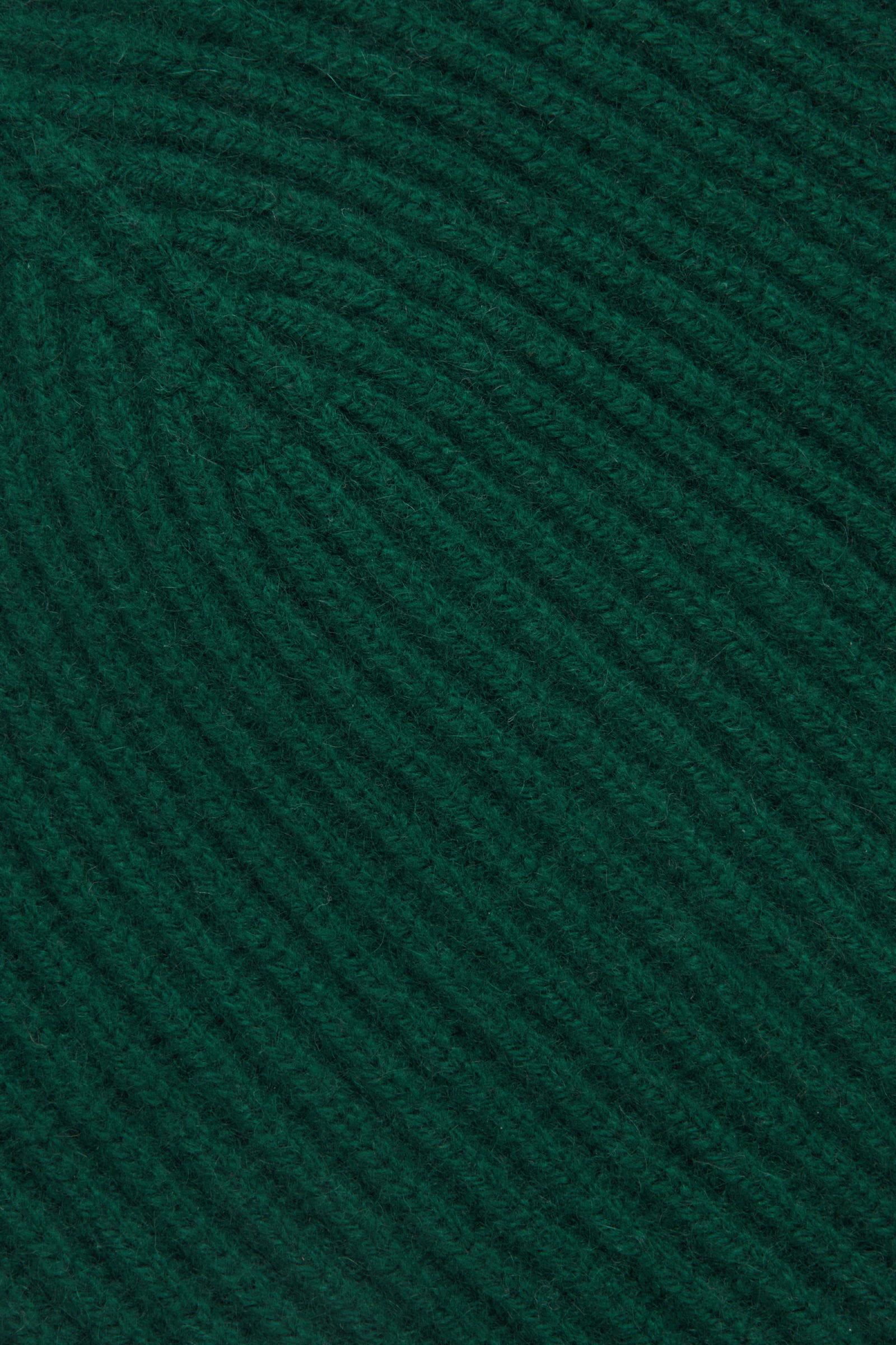 COS 리브드 캐시미어 햇의 그린컬러 Detail입니다.