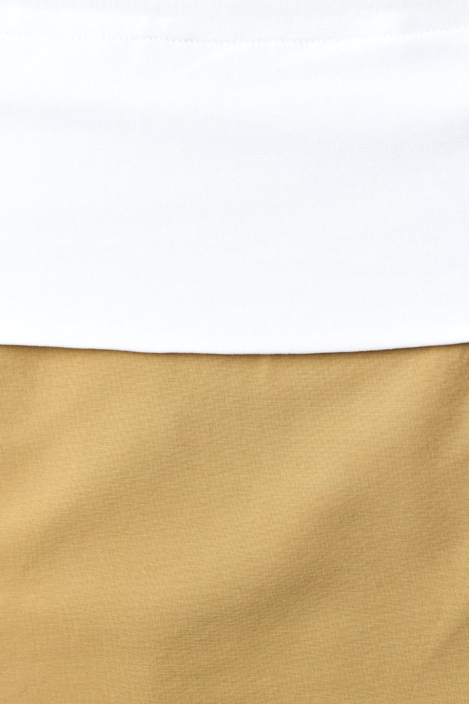 COS 컨트래스트 헴 드레스의 화이트컬러 Detail입니다.