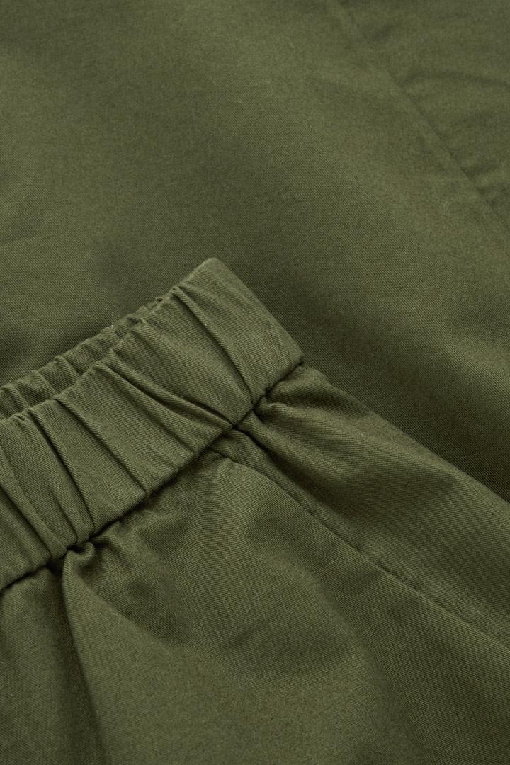 COS 오가닉 코튼 코쿤 셰이프 트라우저의 브라운컬러 Detail입니다.