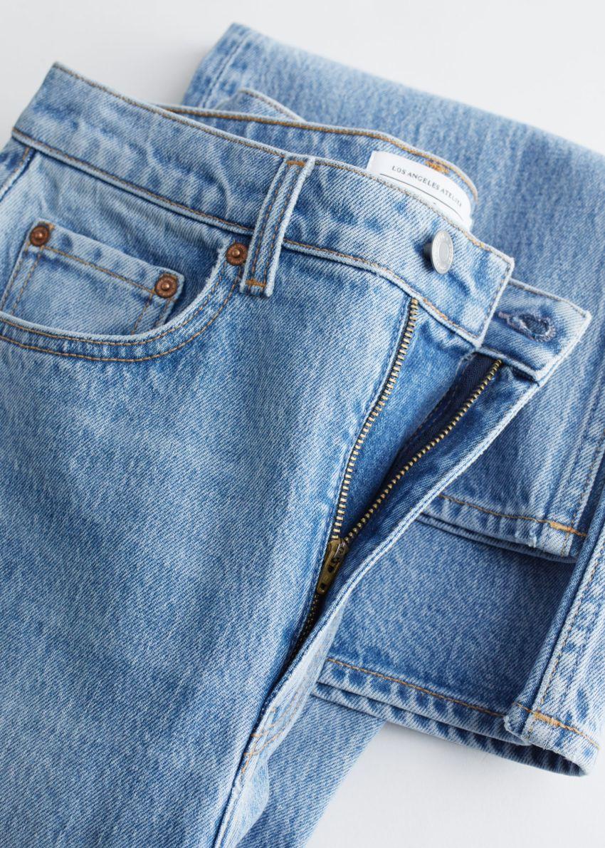 앤아더스토리즈 무드 컷 크롭 진 의 피셔 블루컬러 Detail입니다.