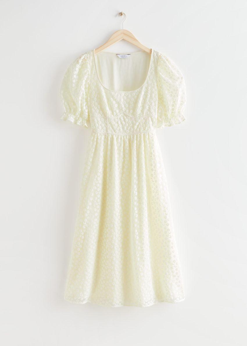 앤아더스토리즈 스퀘어 넥 레이스 미디 드레스의 크림컬러 Product입니다.