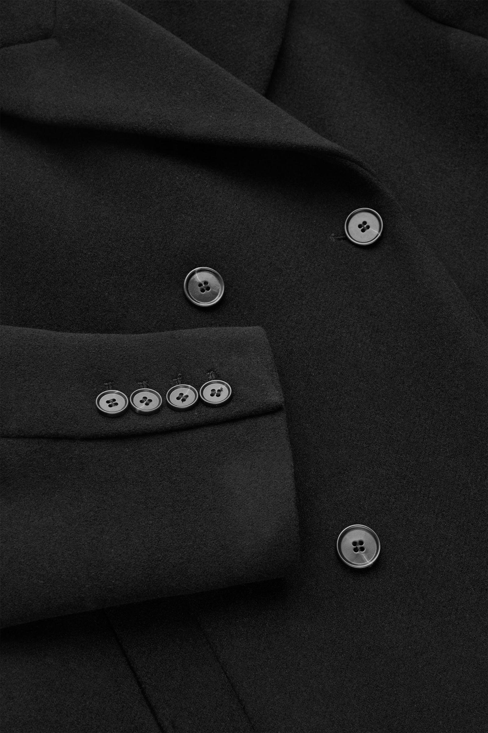 COS 더블 브레스티드 울 믹스 코트의 블랙컬러 Detail입니다.