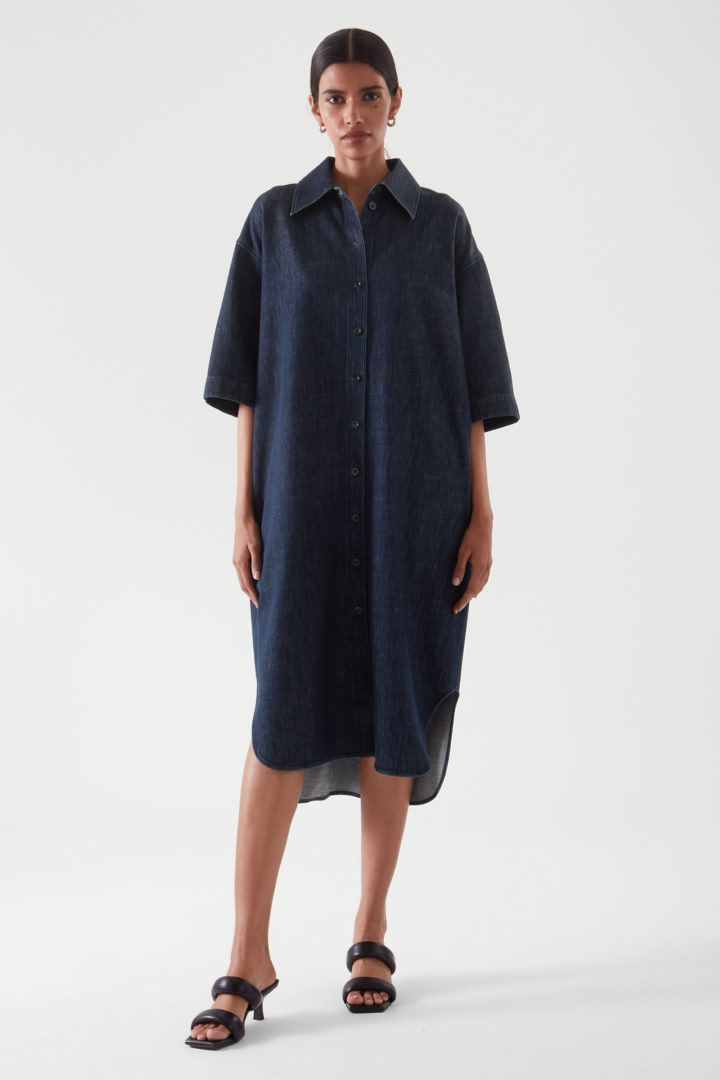 COS default image 12 of 블루 in 데님 셔츠 드레스