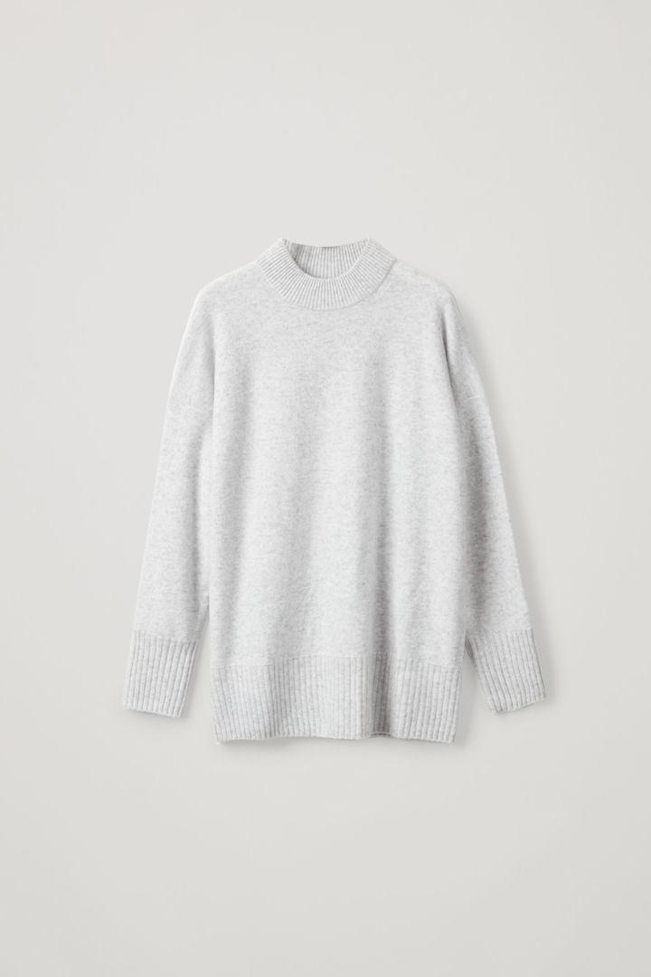 COS default image 10 of 그레이 in 청키 리브 캐시미어 스웨터