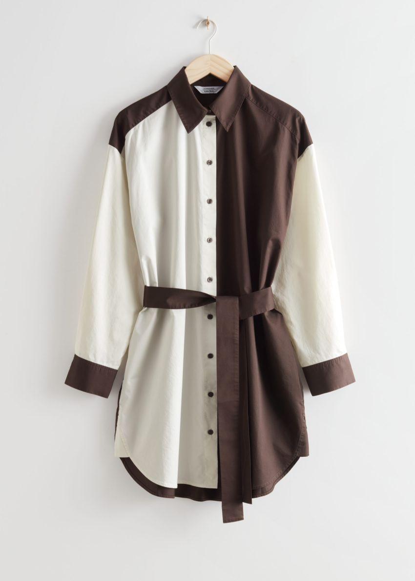 앤아더스토리즈 오버사이즈 컬러 블록 미디 드레스의 블랙/화이트컬러 Product입니다.