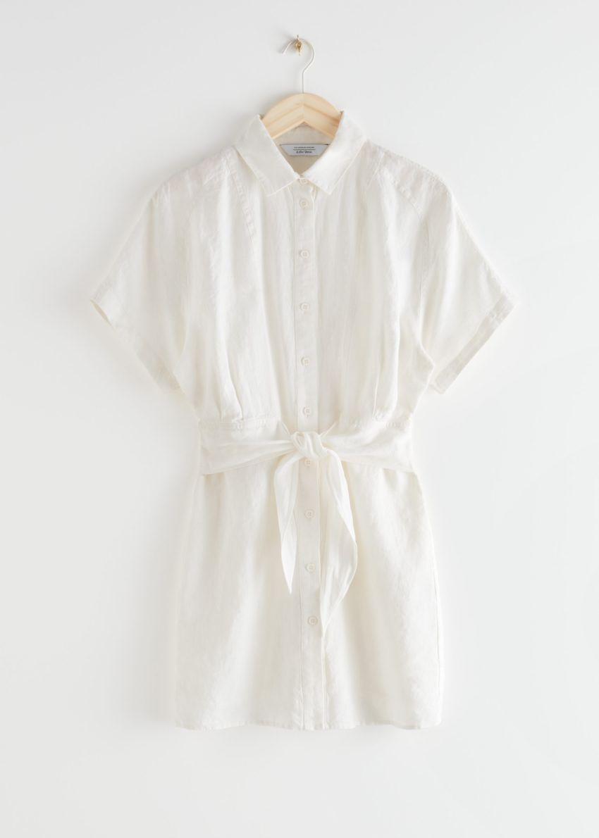앤아더스토리즈 벨티드 리넨 미니 드레스의 화이트컬러 Product입니다.
