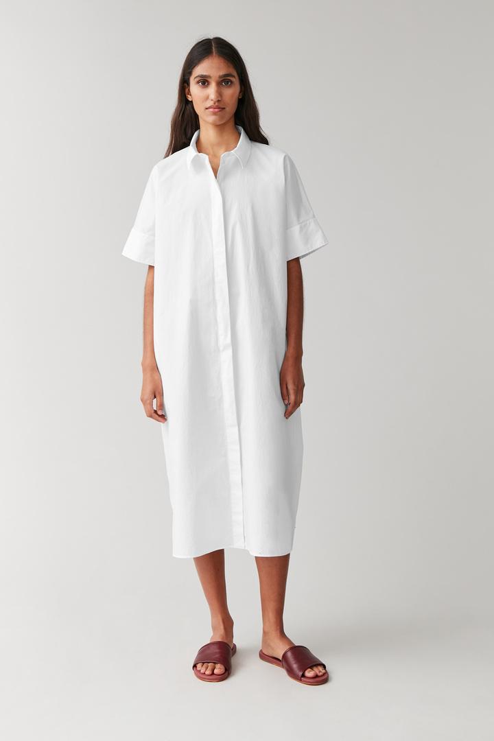 COS default image 11 of 화이트 in 롱 코튼 셔츠 드레스