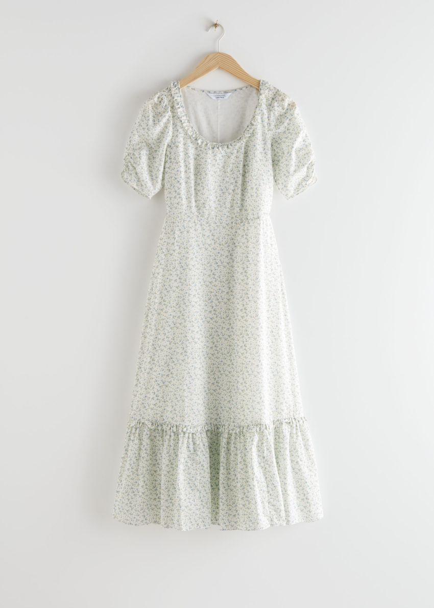 앤아더스토리즈 퍼프 슬리브 스쿠프 넥 미디 드레스의 화이트 플로럴컬러 Product입니다.