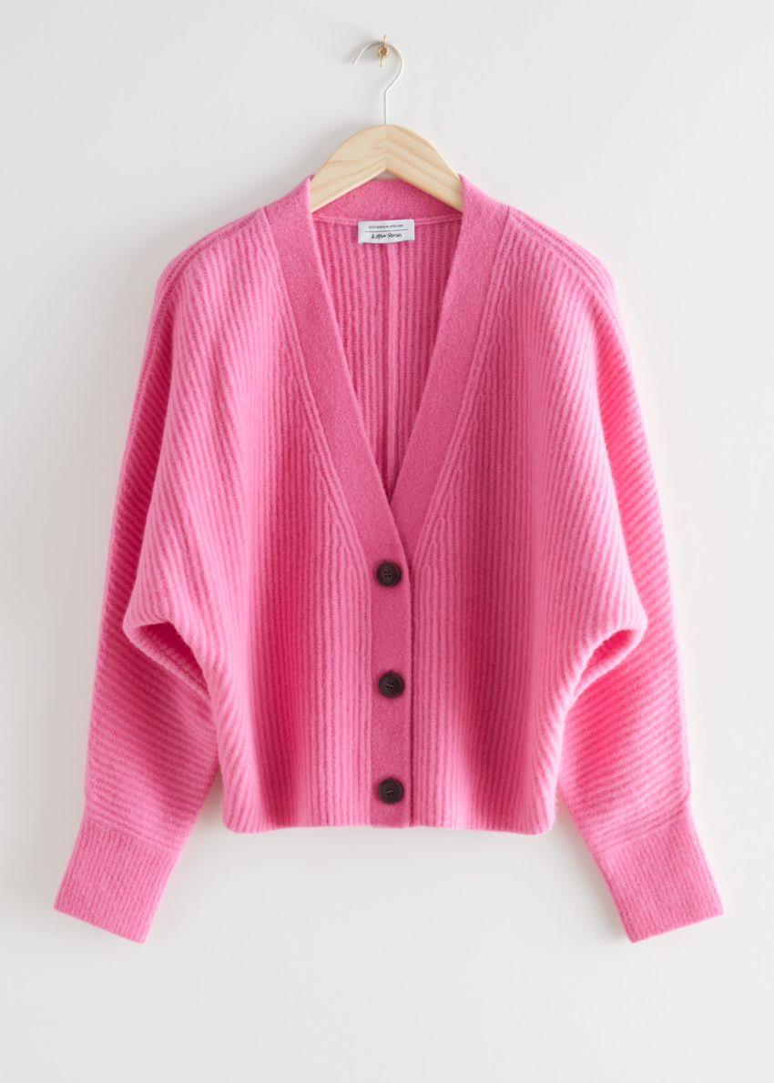 앤아더스토리즈 볼류미너스 울 블렌드 립 니트 가디건 의 핑크컬러 Product입니다.