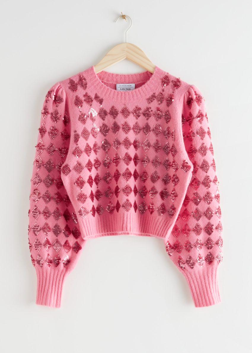 앤아더스토리즈 스파클링 할리퀸 퍼프 슬리브 스웨터의 핑크 할리퀸컬러 Product입니다.