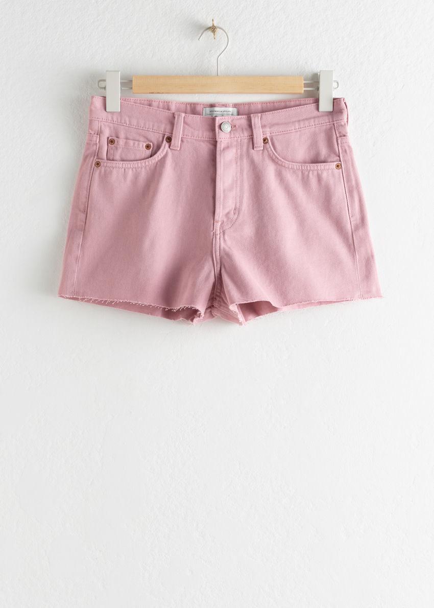 앤아더스토리즈 로 헴 데님 쇼츠의 핑크컬러 Product입니다.