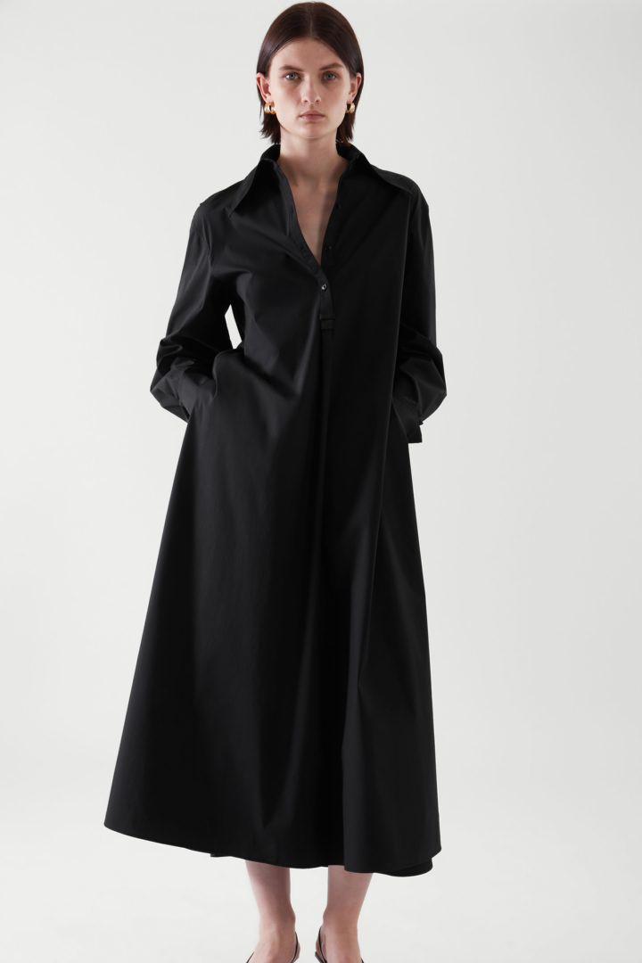 COS default image 8 of 블랙 in 릴랙스드 핏 미디 셔츠 드레스