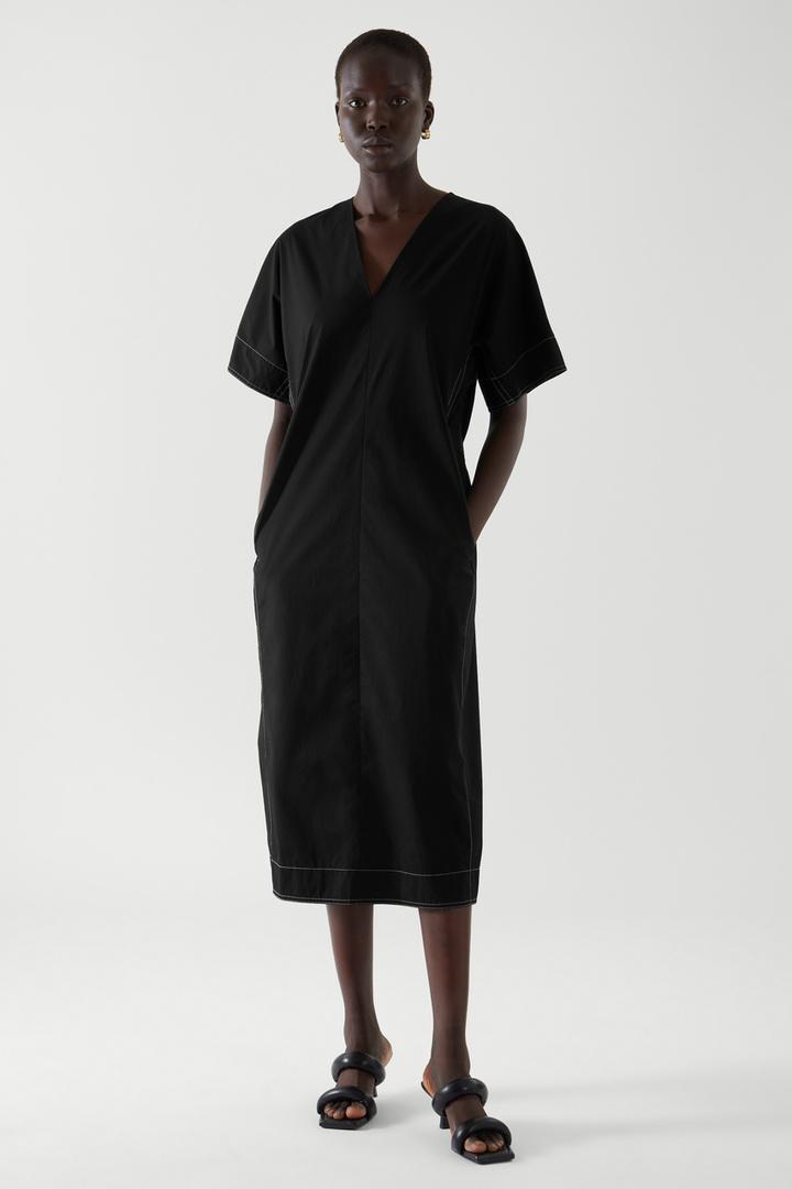 COS default image 2 of 블랙 in 벨티드 카프탄 드레스