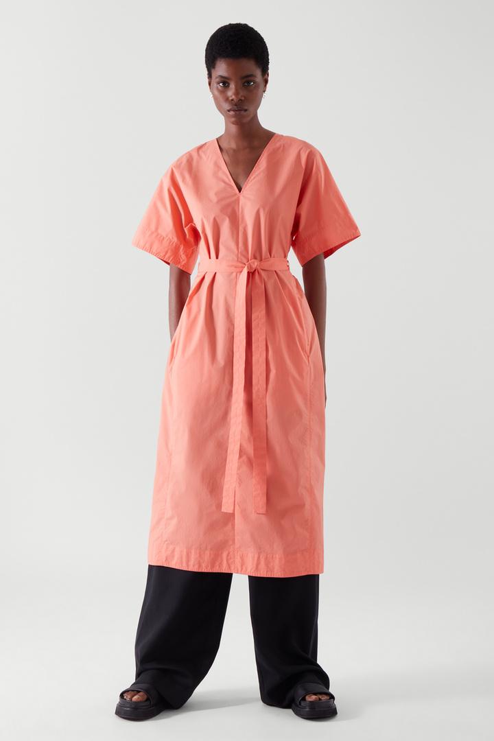 COS default image 1 of 오렌지 in 벨티드 카프탄 드레스