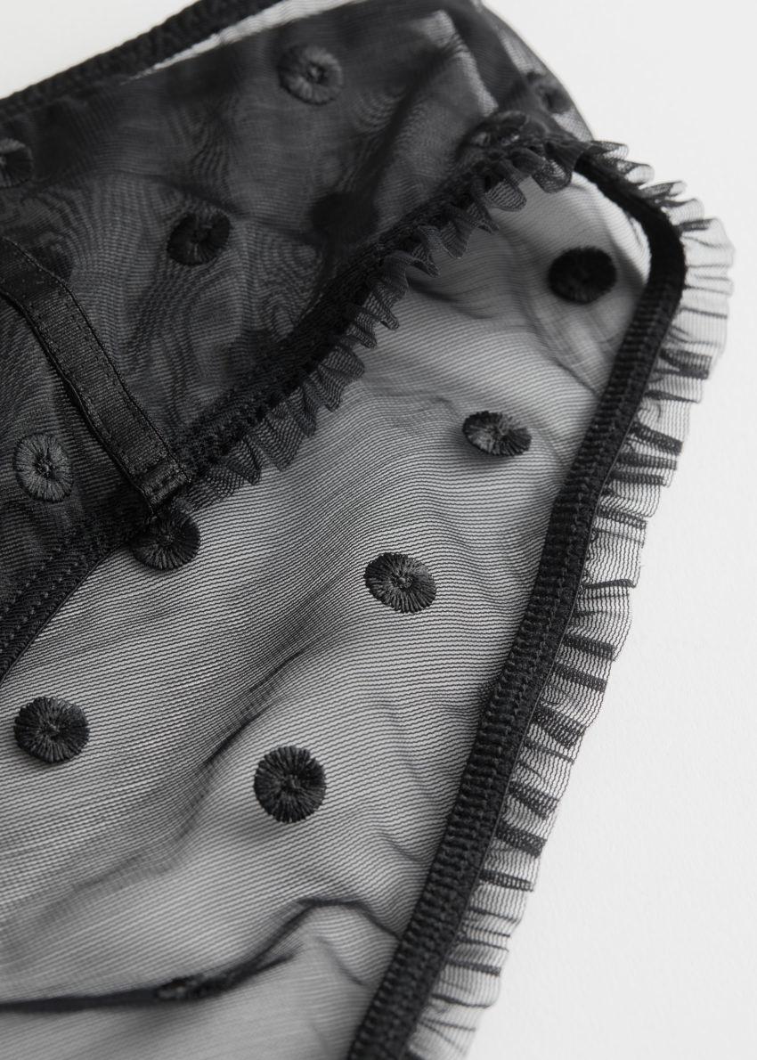 앤아더스토리즈 시어 도트 브리프의 블랙컬러 Detail입니다.