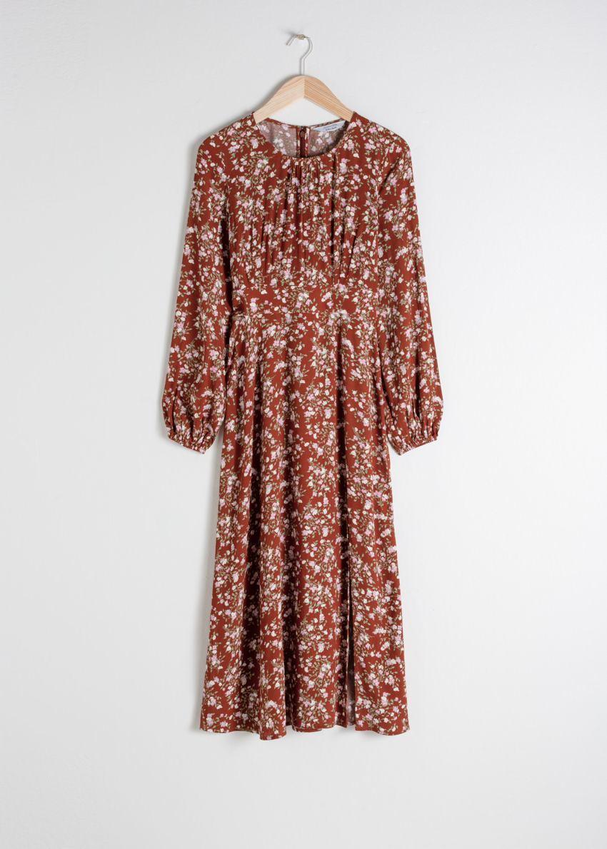 앤아더스토리즈 플로럴 롱 슬리브 미디 드레스의 마이크로 플로럴컬러 Product입니다.
