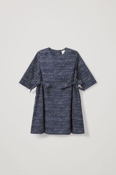 COS default image 8 of 블루 in 사이드 타이 드레스