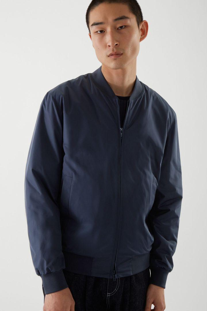 COS default image 1 of 블루 in 보머 재킷