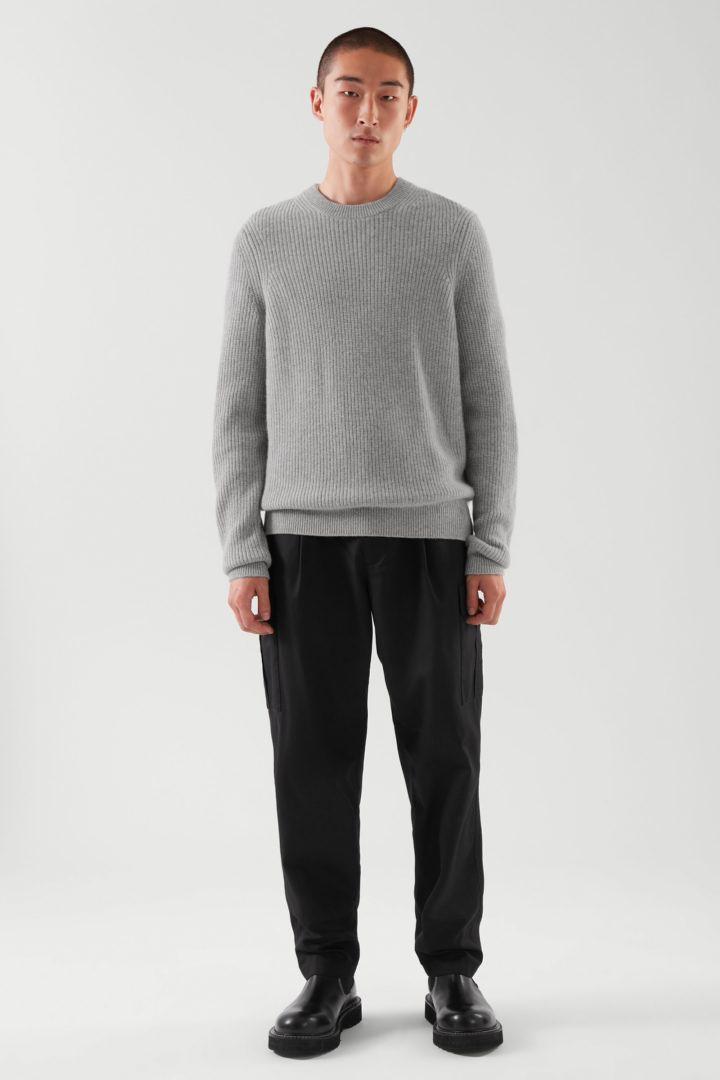 COS default image 2 of  in 캐시미어 스웨터