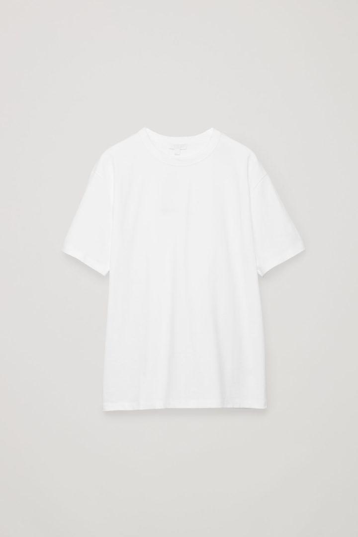 COS 릴랙스드 핏 티셔츠의 화이트컬러 Product입니다.