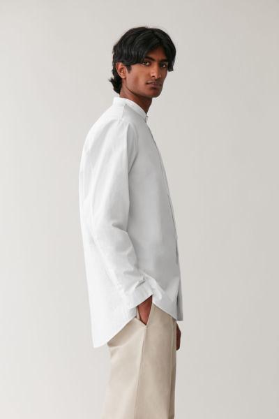 COS hover image 6 of 화이트 in 탑스티치드 그랜대드 셔츠