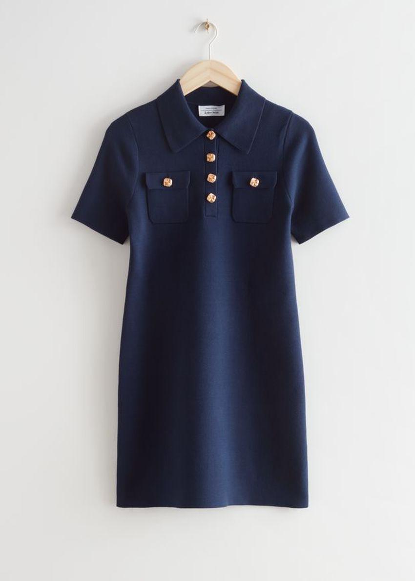 앤아더스토리즈 미니 폴로 드레스의 네이비컬러 Product입니다.