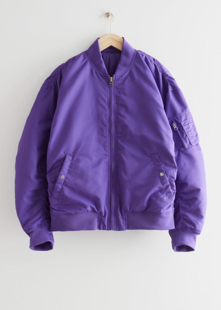 앤아더스토리즈 보머 재킷의 퍼플컬러 Product입니다.