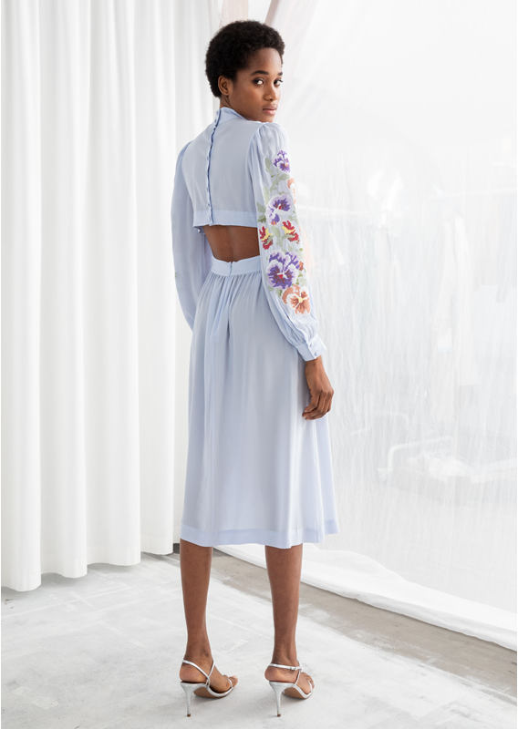&OS image 9 of 블루 in 시어 플로럴 엠브로이더리 미디 드레스