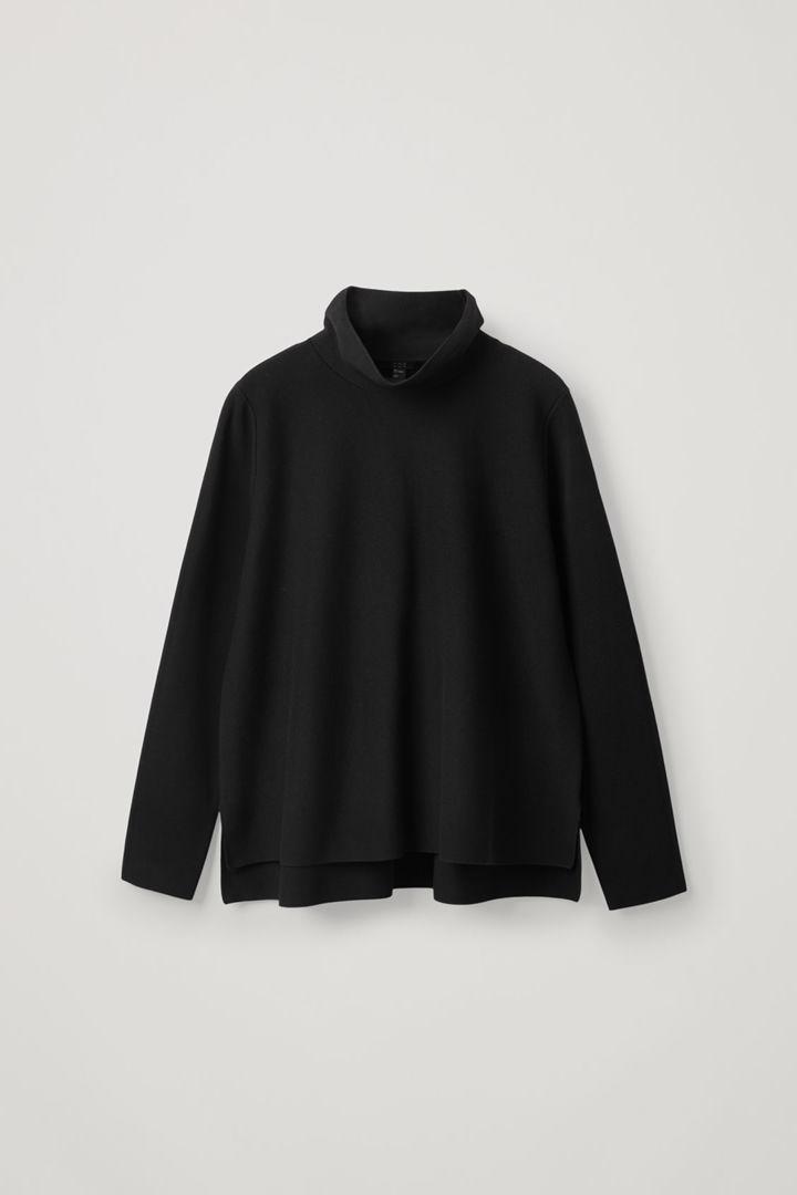 COS hover image 8 of 블랙 in 하이넥 A라인 스웨터